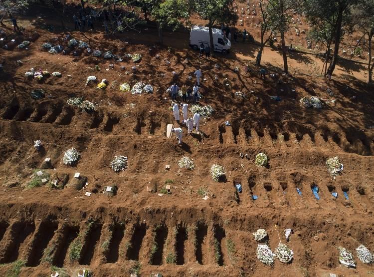 ब्राजील मे नहीं मिल रहा शवो को दफनाने की जगह