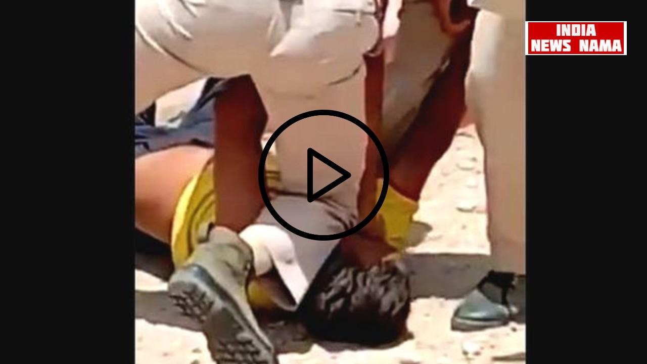 वीडियो:जोधपुर पुलिस ने मास्क नहीं पहनने पर घुटनों से दबाया व्यक्ति की गर्दन!